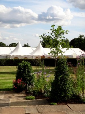 landscaping-at-wedding-venue