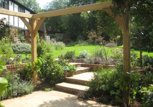 english-oak-pergola-construction