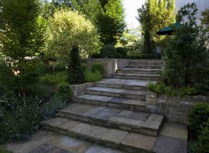 quality-garden-patio-and-steps